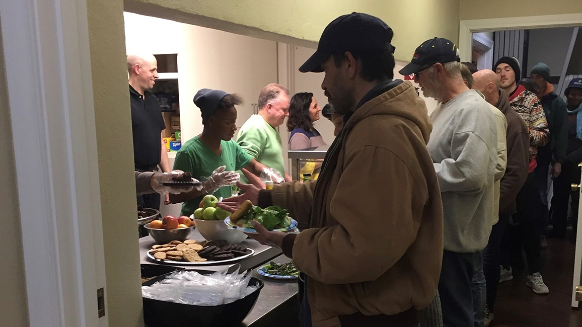 Oak Lawn UMC serving food