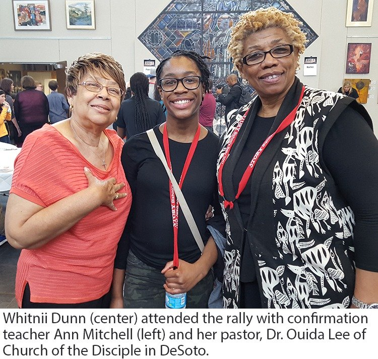 Whitnii Dunn, Ann Mitchell and Dr. Ouida Lee