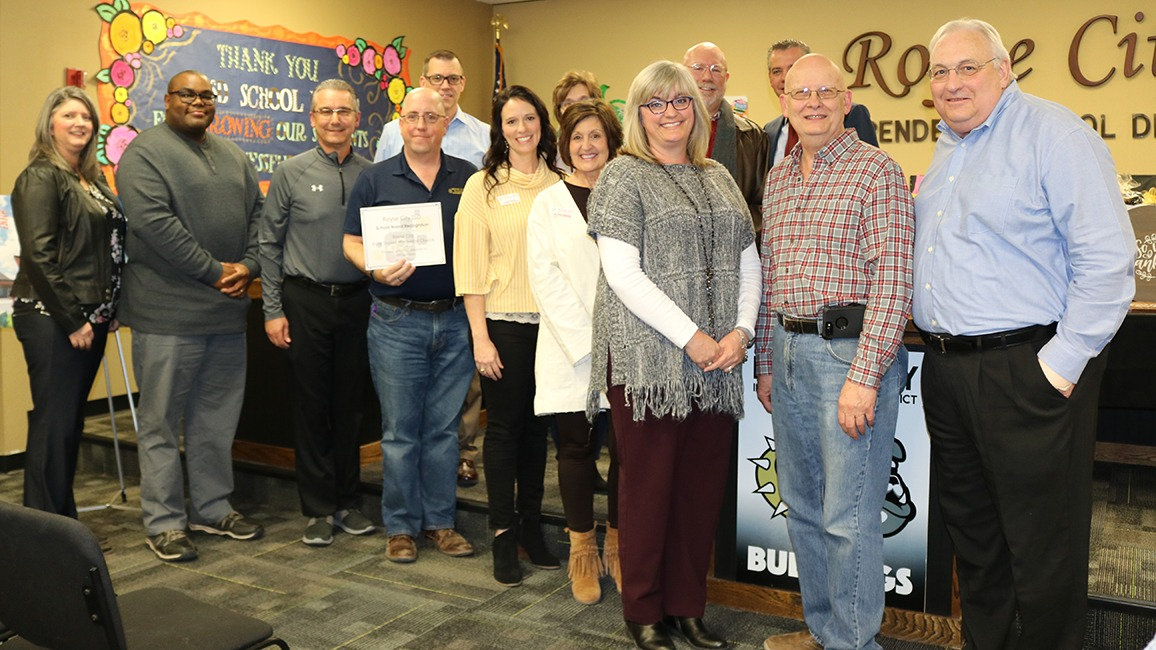 Royse City board, church members