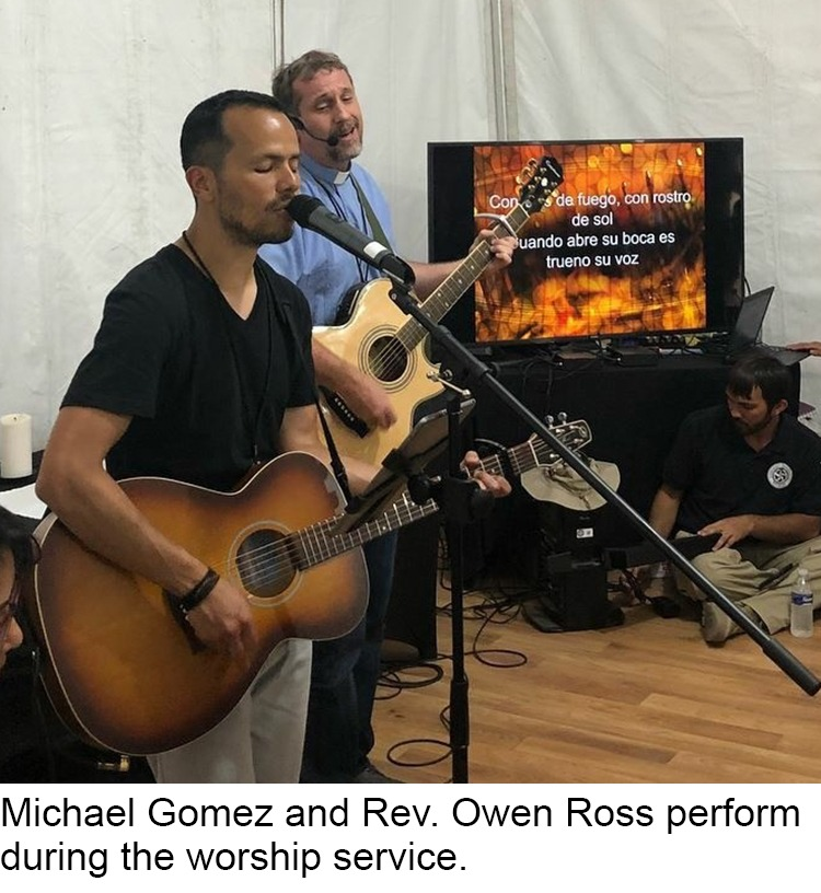 Michael Gomez and Owen Ross singing